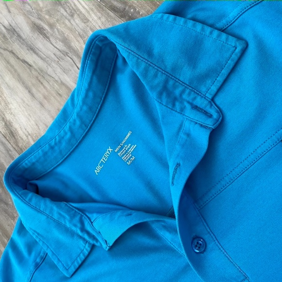 Arc'Teryx Relaxed Fit Men's Polo size M